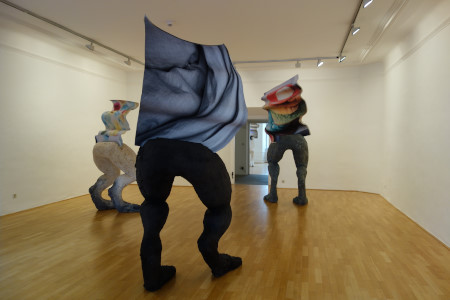 Anne Speier in der Galerie der Stadt Schwaz